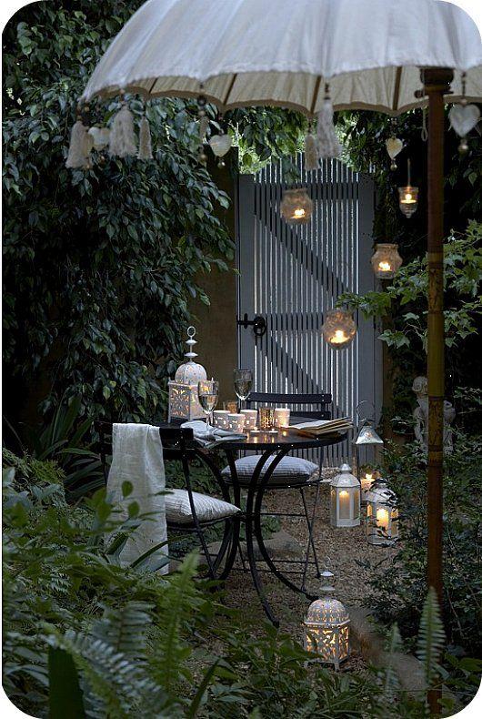 Luci d'atmosfera in giardino