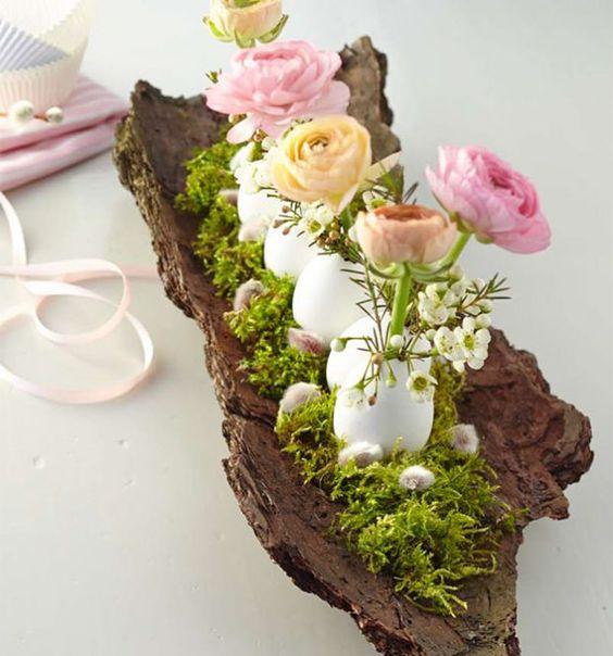 Centrotavola fai da te con uova e fiori per la Pasqua