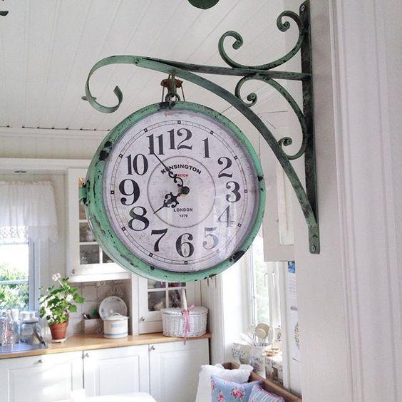 Orologio retro da parete