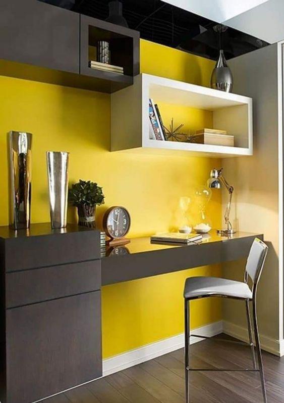 giallo e grigio per lo studio
