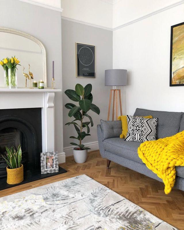 Accessori e dettagli di stile in grigio e giallo