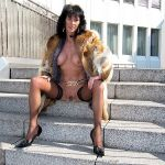 MIS FETICHES: LADY GWENDY FUR COAT I