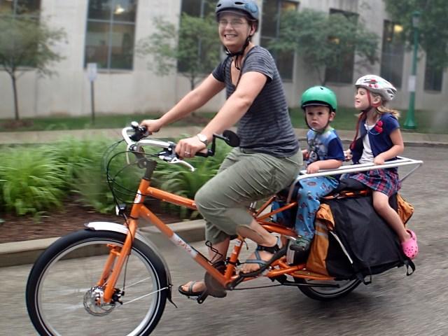 Yuba Mundo With Kids