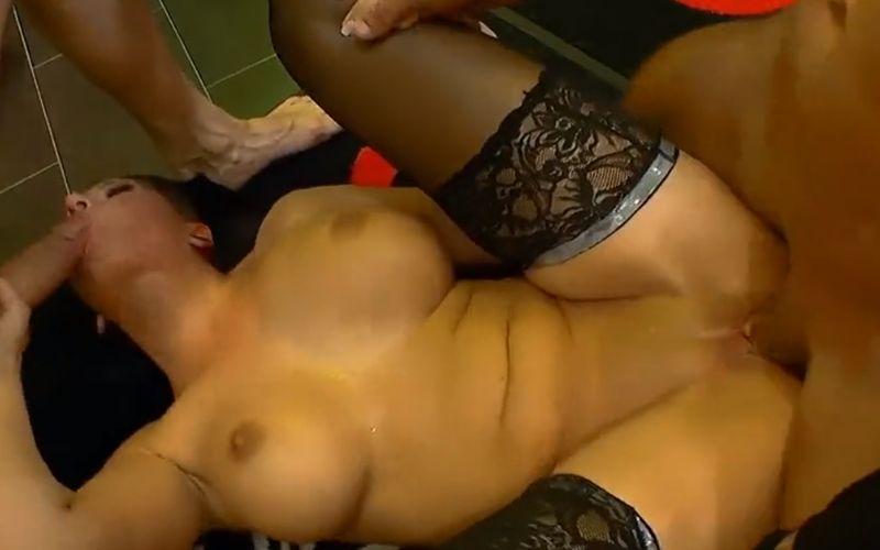 grote tieten orgie Porn