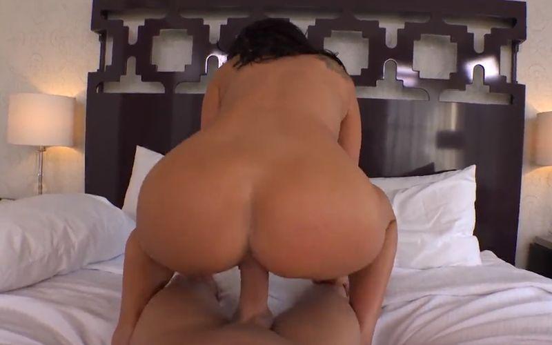 Lekkere Latina Blondine wordt anaal genomen