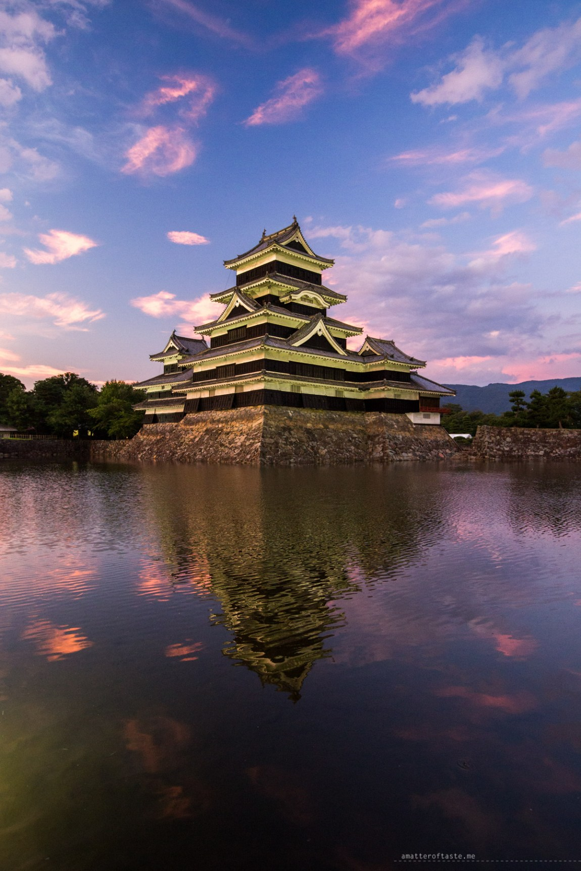 Matsumoto Castle sunset 2015