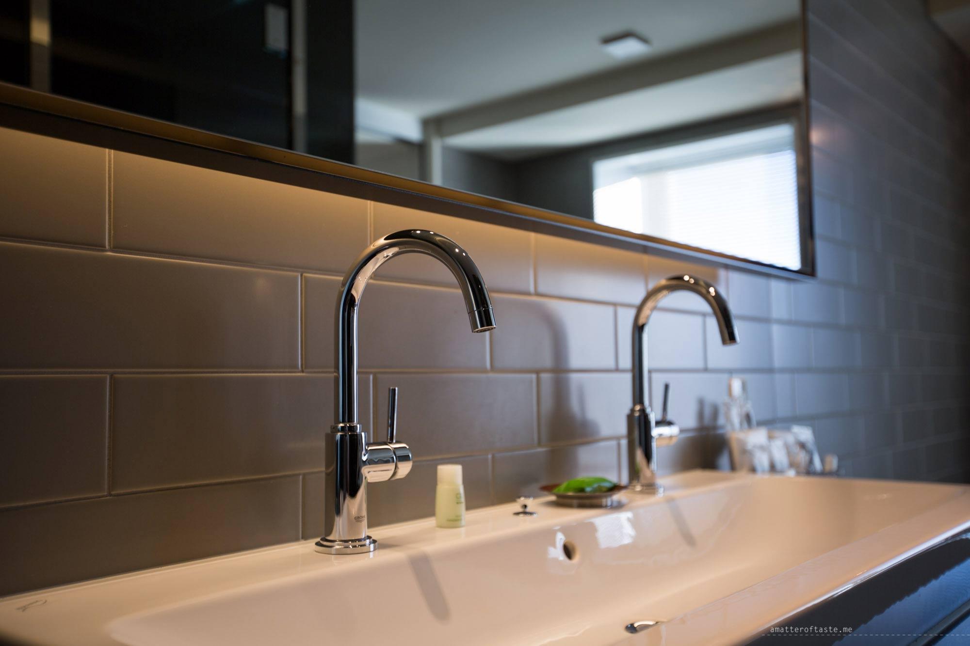granbell-shinjuku-executive-room-bathroom
