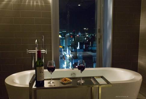 granbell-shinjuku-wine-bathtub-city