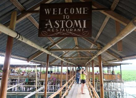 5-tondano-lake-lunch-astomi