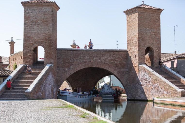 Comacchio gate
