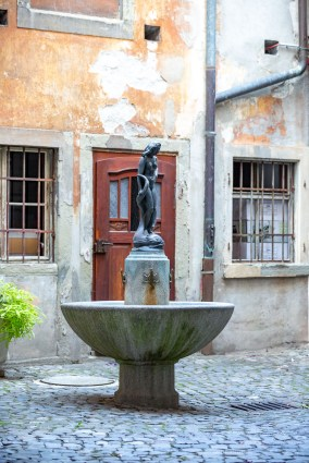 Lindau Germany road trip town fountain