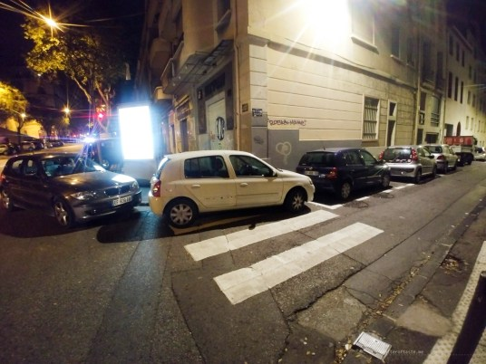 Marseille traffic crossing parking