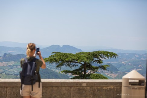San Marino photographing the views