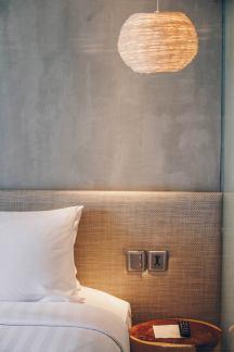 adlib-bangkok-hotel-lamp