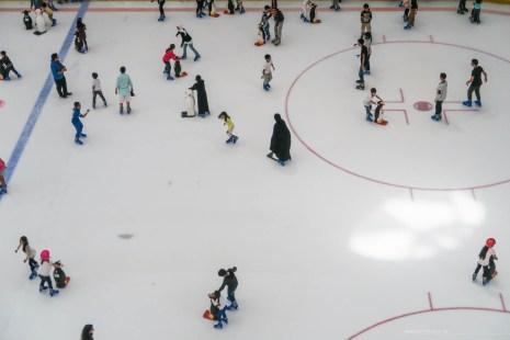 dubai-mall-ice-rink