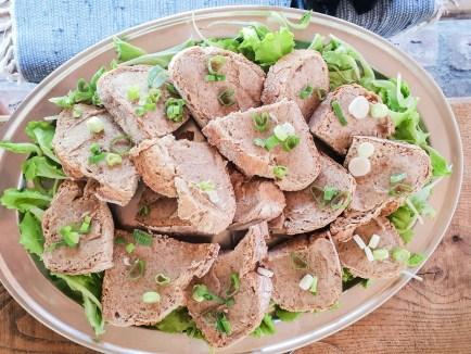 pastika bread plate