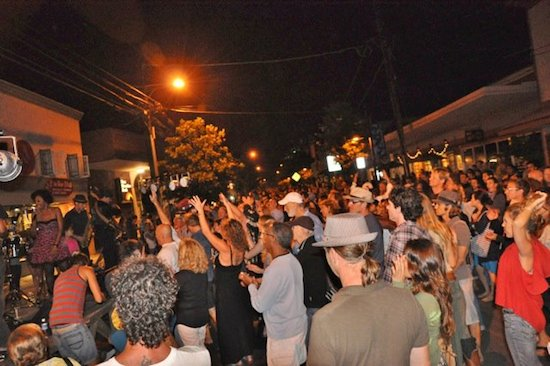Wailuku First Friday 2014