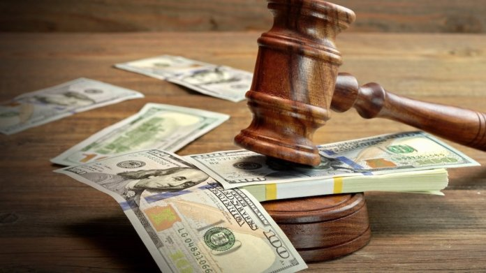 How Much Do Lawyers Make A Month? - AmazeLaw