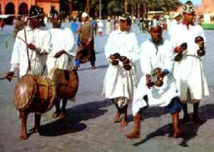 gnawa 2012 300x214  Festival Gnaoua 2012 à Essaouira au Maroc