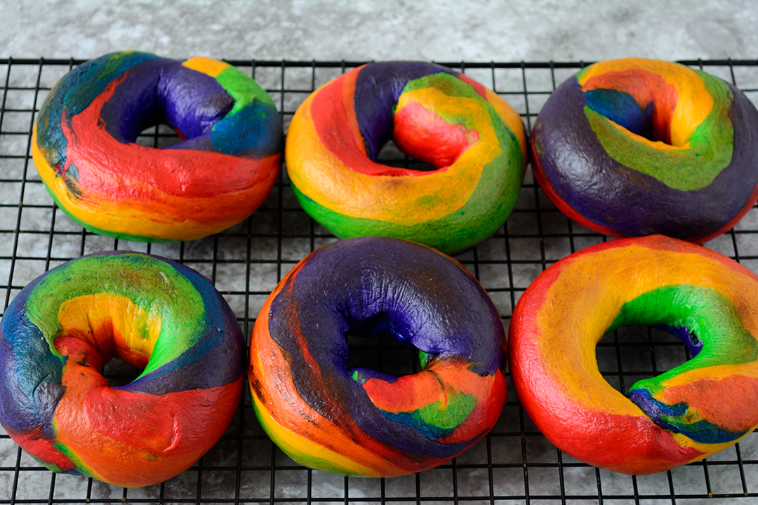 How to Make Rainbow Bagels - A Step by Step Guide · Amazing Ackee