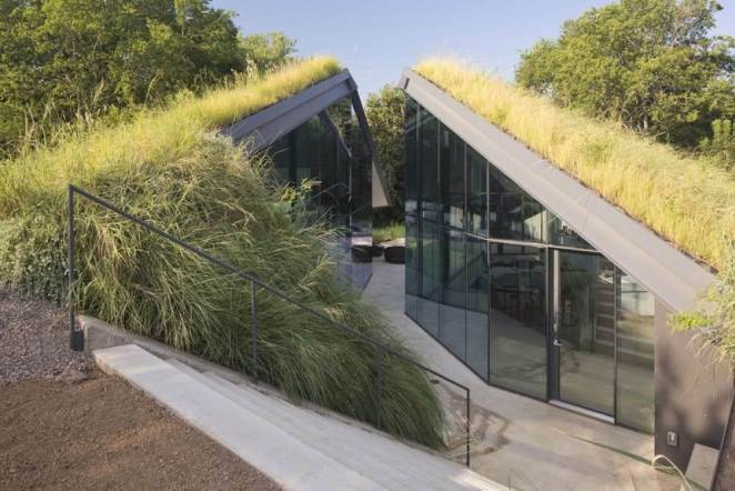 Edgeland bunker House in Texas to live a happy life out of sight