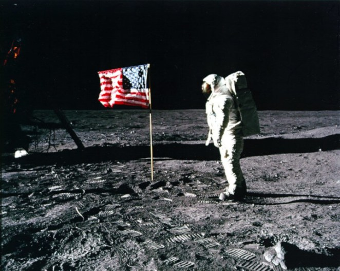 Why Are not There Stars in Apollo 11 the Moon Landing Photos NASA