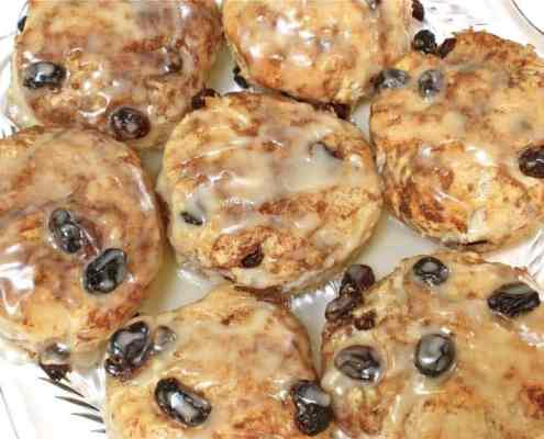 amazin' cinnamon raisin biscuits