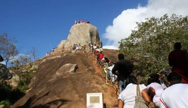 Aradhana Gala (The rock of invitation) at Mihinthale