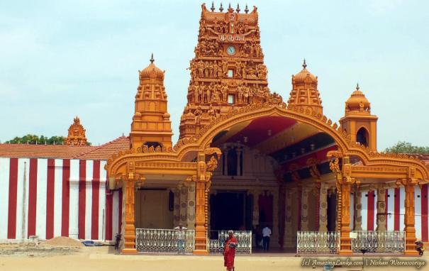 Nallur Kandaswamy Kovil in Jaffna - යාපනය නල්ලුර් කන්දසාමි කෝවිල