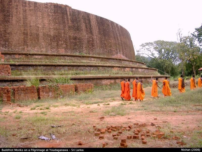 Novice Buddhist Monks on pilgrimage @ Yudaganawa