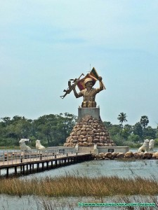 Monument of Victory at Puthukkudiyiruppu on the Kilinochchi - Mulativu Route