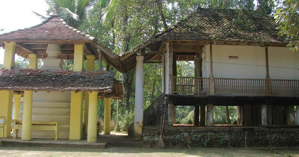 Tampita Viharaya number 1 at Kadigamuwa Sri Nagawanarama Purana Rajamaha Viharaya