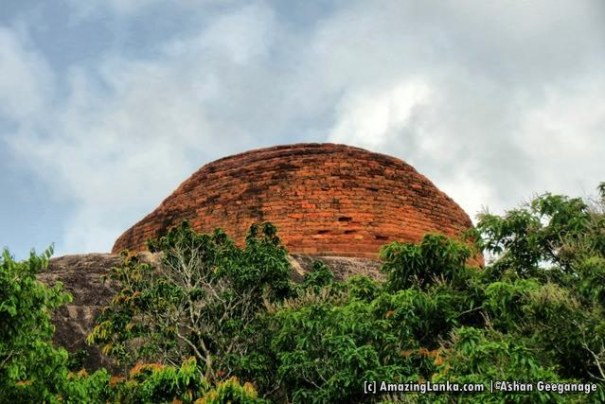 The conserved stupa at the top of the rock in Murukkuwatawana Gallen Rajamaha Viharaya