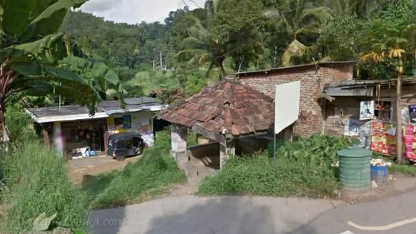 පූජාපිටිය දොඹගම්මන අම්බලම - Pujapitiya Dombagammana Ambalama
