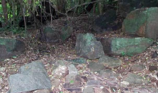 යාන් ඔය විලේවැව පුරාණ අමුණ - Ancient Wilewewa Amuna on Yan Oya