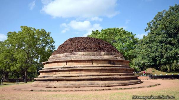 Katu Seya Monastery Complex at Mihintale - මිහින්තලේ කටු සෑය ආරාමය
