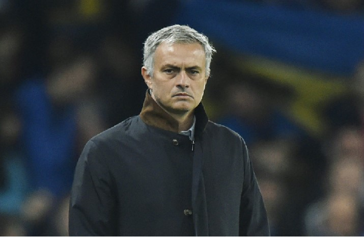 Man United Prepare for Chelsea Test