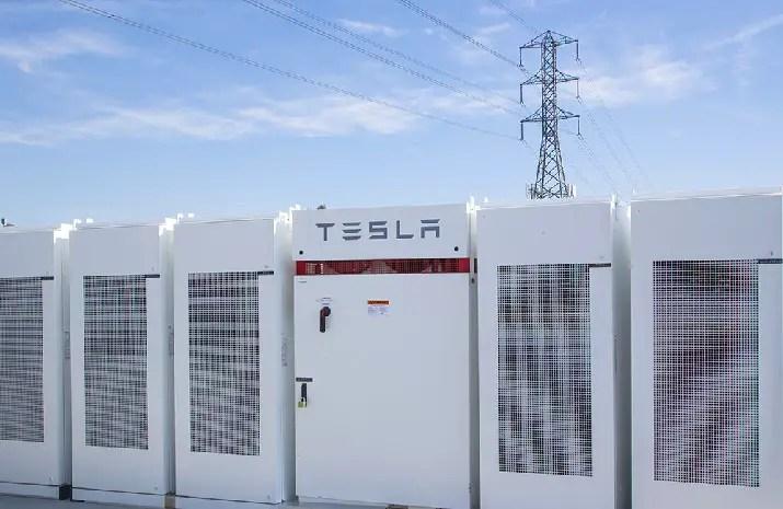 Viola Tesla Battery Grid Storage Installation