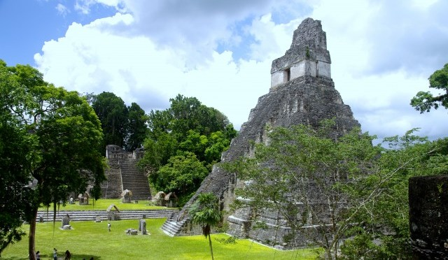 Tikal – Maya – Temples and Pyramids in the Rainforest of Guatemala