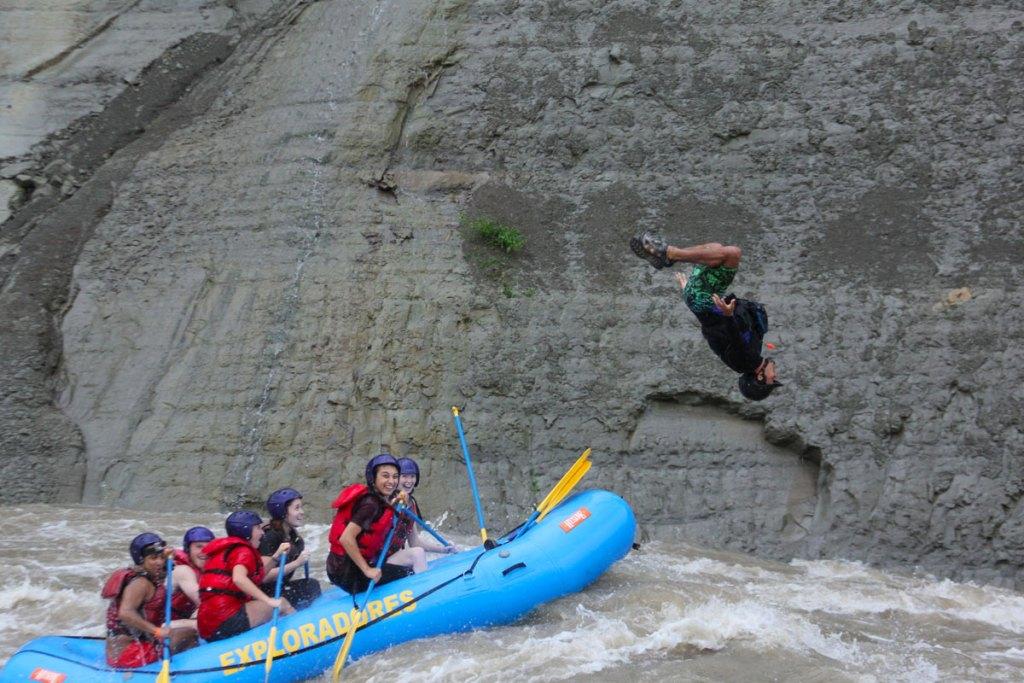Manuel Rafting Backflip