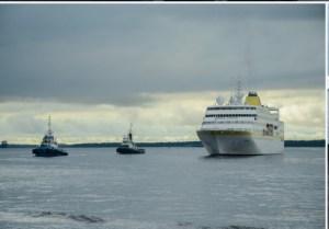 Navios cruzeiros trazem a Manaus alemães e ingleses