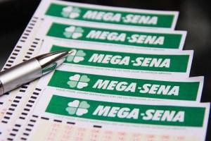 Mega-Sena acumula e vai pagar R$ 26 milhões no sábado