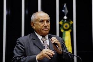 'Criador' do Tocantins assume vaga no Senado aos 91 anos