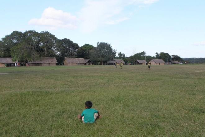 Campo de futebol dos índios Sateré-Mawé (