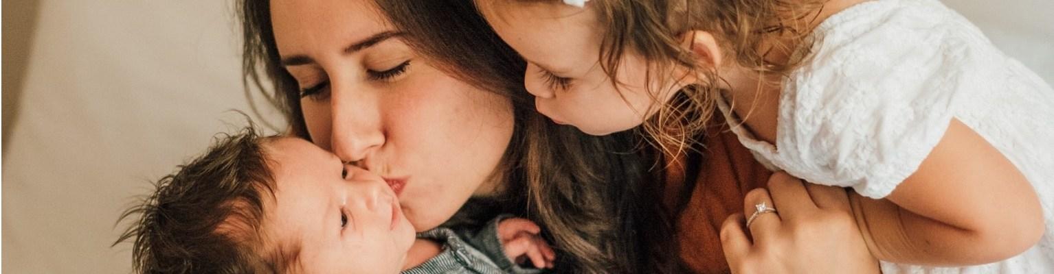 I dalje molimo Boga da nam vrati mamu samo na par minuta..., Kako nam je internet promijenio roditeljstvo?