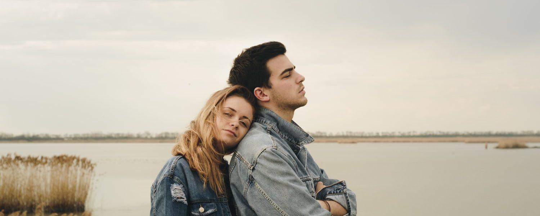"""Emocionalno nedostupni muškarci nemaju kapacitete s kojima bi mogli voljeti ženu, pismo jednog narcisa: Evo što istinski mislim kad ti kažem 'Volim te', """"Nikada nemoj računati na muškarca"""", rekao mi je otacBoli me gledati te kako mu se iznova vraćaš, Kako (p)ostati prijatelj nakon prekida?, Emotivna ovisnost je najopasnija"""