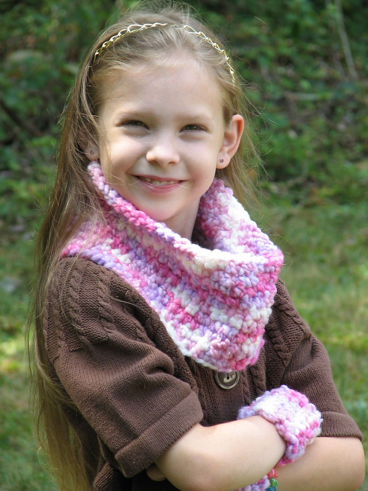 Crochet Cowl & Wristlets - Free Crochet Pattern - Ambassador Crochet
