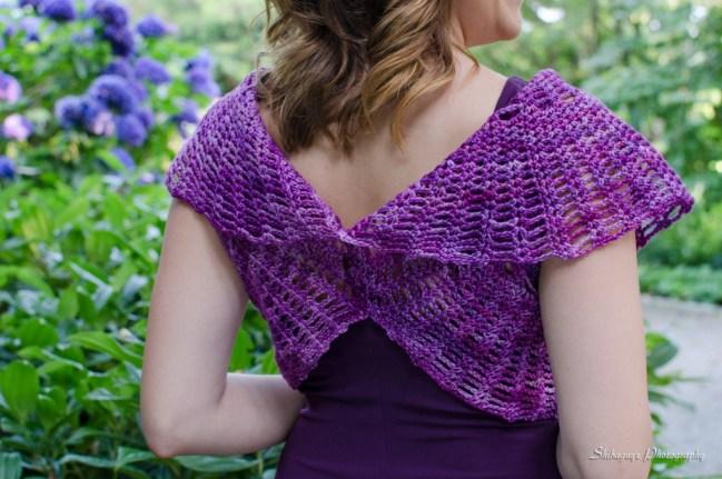Two Circles Wrap - Crochet Geometry