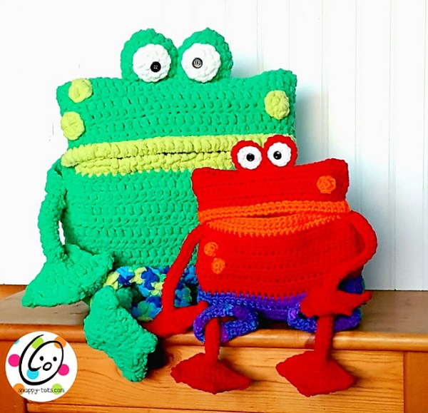 Froggy Friends Backpack by Snappy Tots.