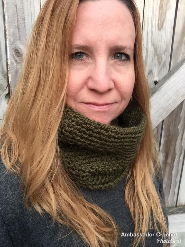 Pine Grove Cowl - Free Crochet Pattern